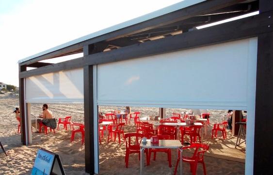 Cerramiento en playa de torrevieja toldos y sombra - Toldos para la playa ...